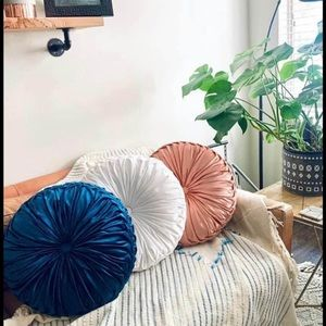 Darling Blue Pintuck Pillow